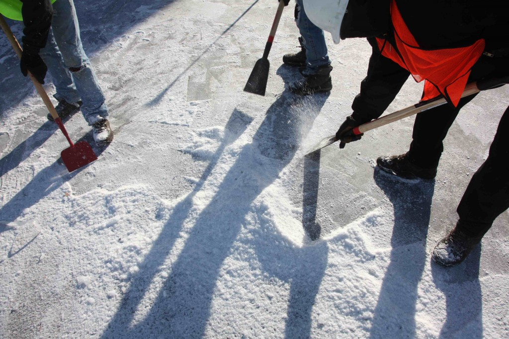 commercial ice removal contractor minneapolis kuhls contracting ice dam company 1